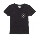 Pocket tee dot print