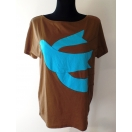 T-shirt with dove