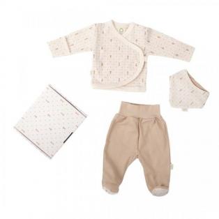Set of jacket, pants and a bib